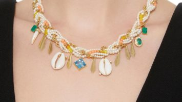 Alexis' Heirloom Pearl Necklace: Chapter 3